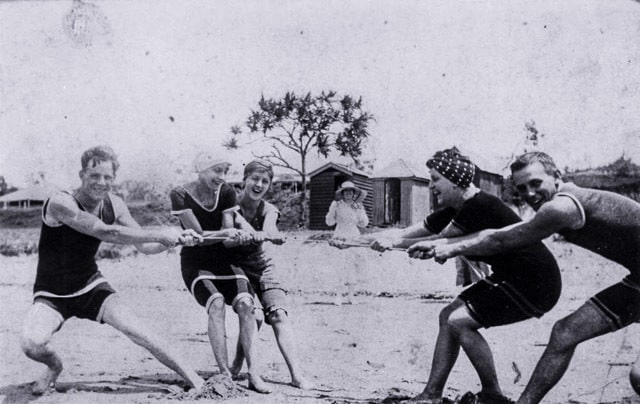 Beach tug of war at Southport, 1917
